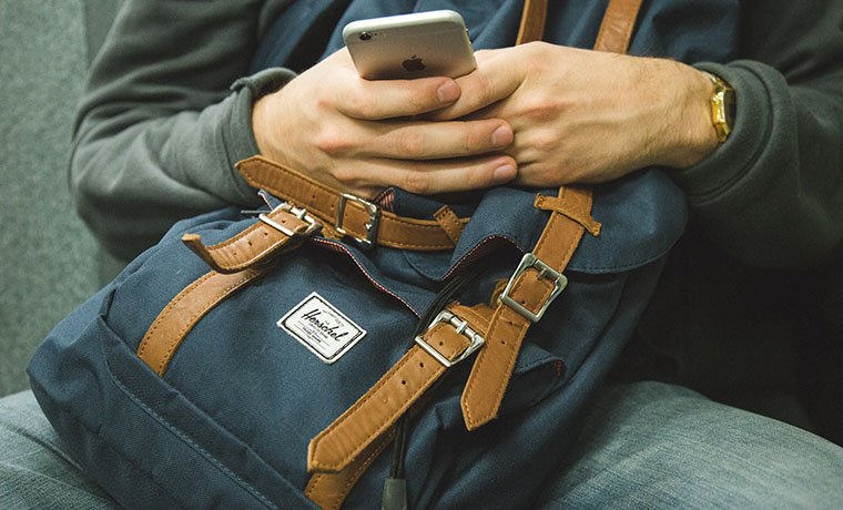The Rise of Smartphone Shopping: Tips to Boost Mobile Conversion Rate